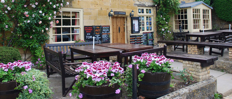 Dog Friendly Pubs in the Cotswolds