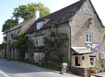 Dog Friendly Pubs Lechlade